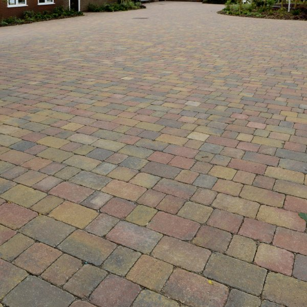 Alpha Medium Block Paving in Autumn Gold 80mm