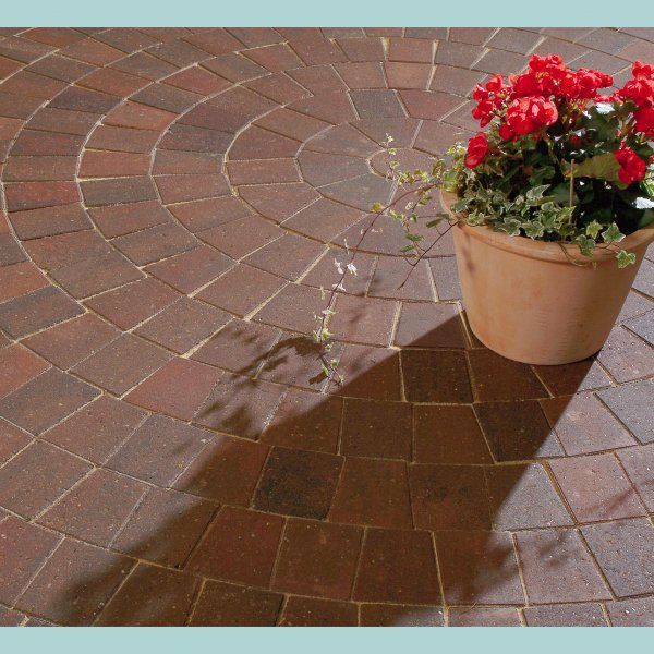 Beta Circle Pack Block Paving in Brindle 60mm