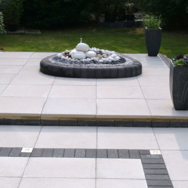 Chaucer Textured Paving 450x450mm in Natural