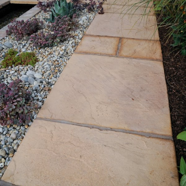 64 No. 450x450x32mm Riven Paving Slabs Honey Brown