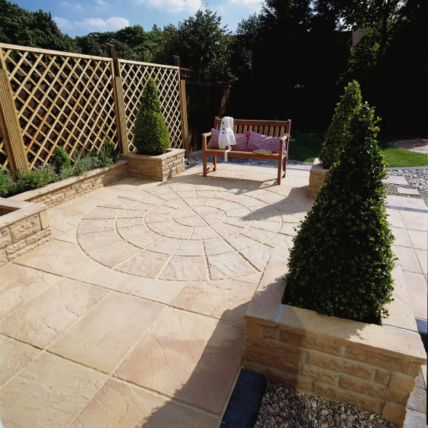 64 No. 450x450x32mm Riven Paving Slabs Weathered Apricot
