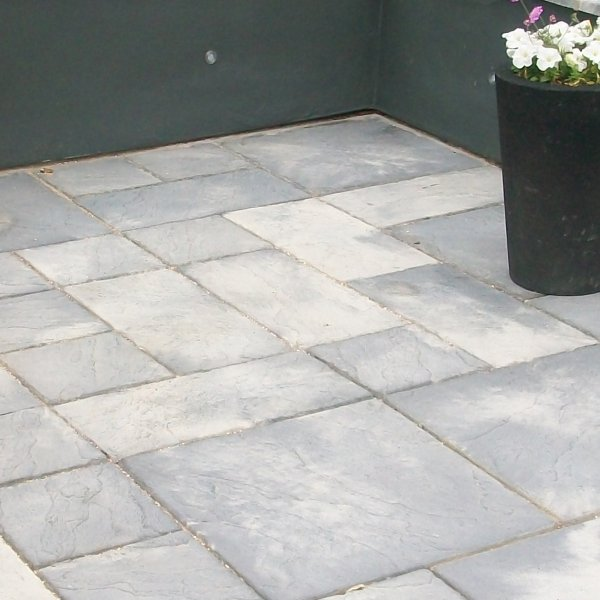 64 No. 300x300x32mm Riven Paving Slabs - Weathered Stone