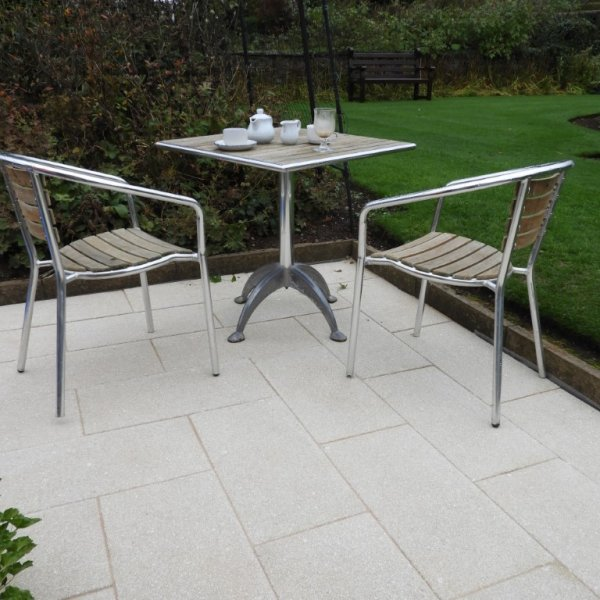 Chaucer Textured Paving 600x300x35mm in Buff