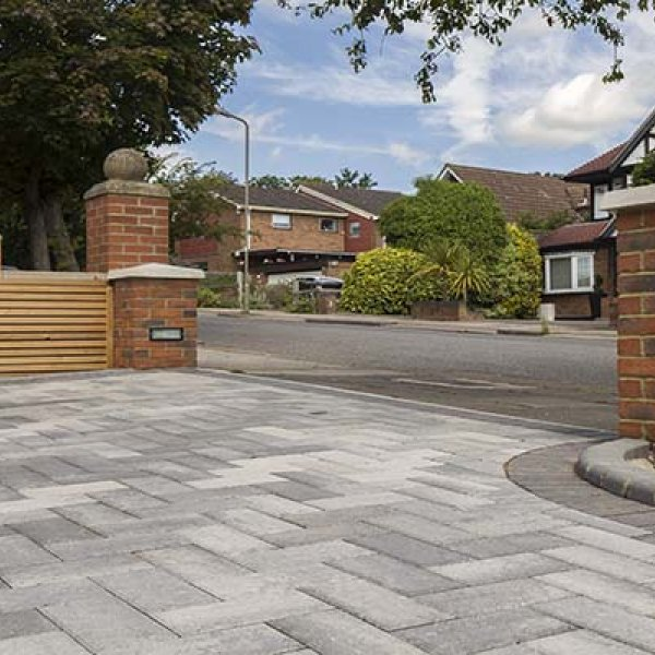 Smooth Single Size 266x133x50mm Block Paving Silver Haze