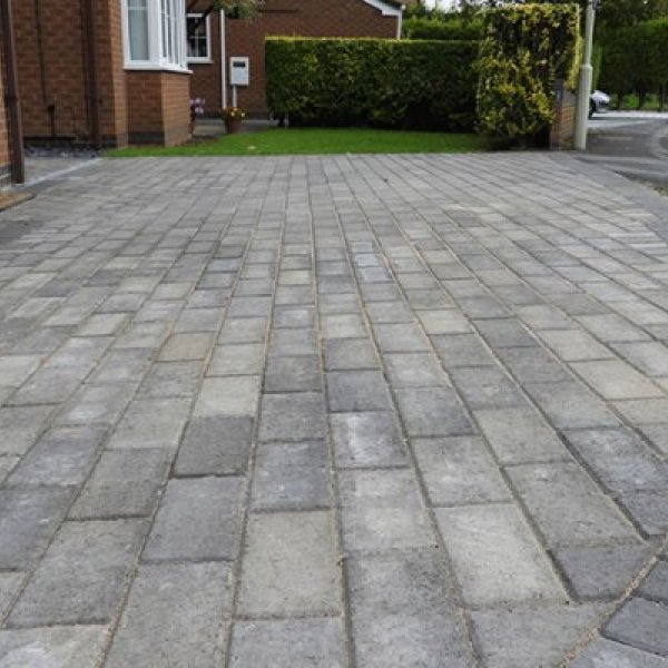 Smooth Single Size 266x133x50mm Block Paving - Silver Haze