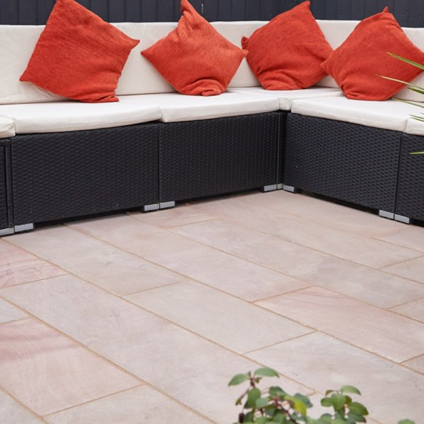 3 Size 15.04m² Flamed Sandstone Linear Patio Pack - Sunrise (BW)