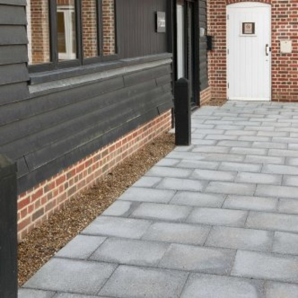 30 No. 400x400x65mm Textured Paving Slabs Graphite Grey