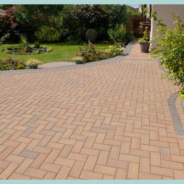 Smooth Single Size 200x100x50mm Block Paving Autumn Gold