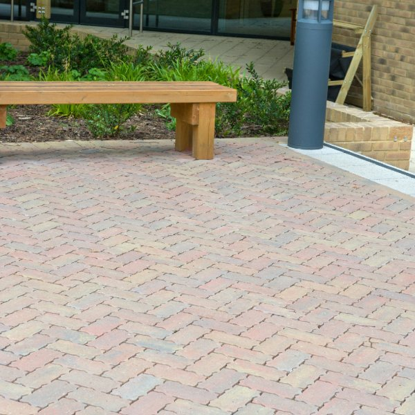 Permeable Single Size 215x115x80mm Block Paving Autumn Gold