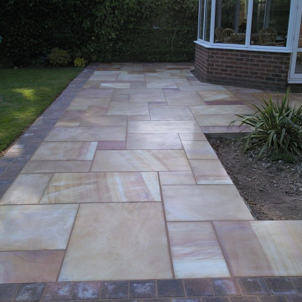 3 Size 15.04m² Polished Sandstone Linear Patio Pack Modak