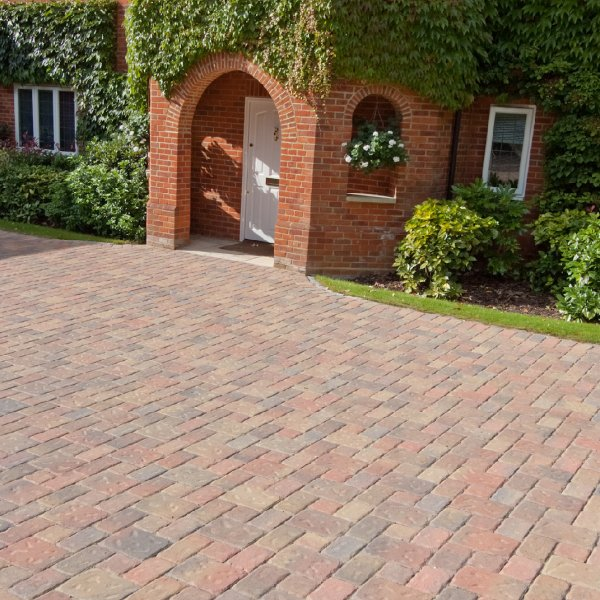 Riven Three Size 60mm Block Paving - Autumn Gold