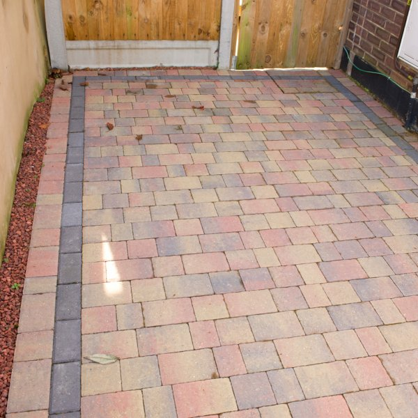 Riven Three Size 60mm Block Paving Autumn Gold