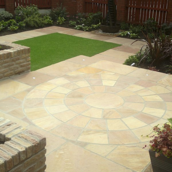 Riven Sandstone Circle and Corner Packs - Modak