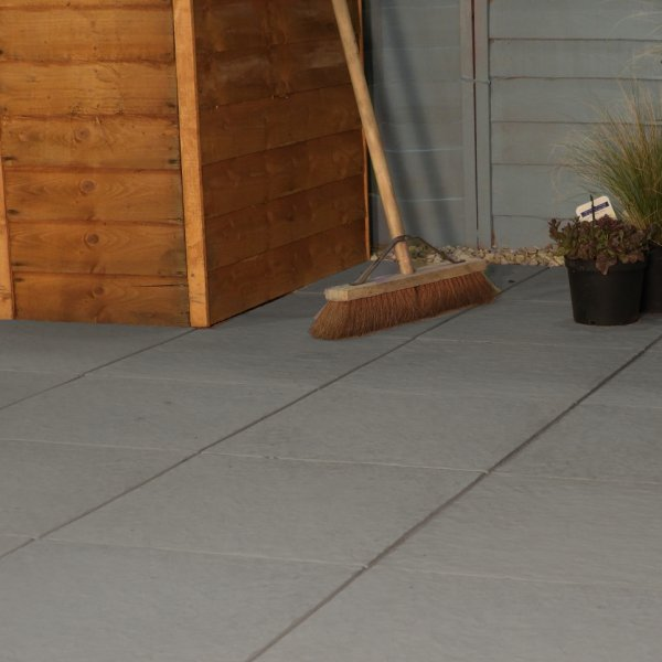 Stamford Ultra Paving Slabs in Charcoal 450 x 450mm