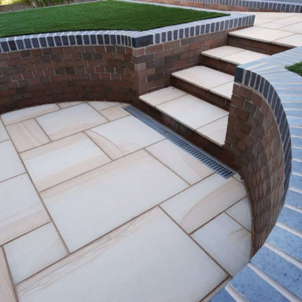4 Size 15.37m² Textured Sandstone Patio Pack - Moorland Gold