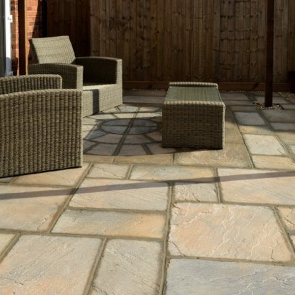 5 Size 7.61m² Riven Paving Slab Patio Pack Acorn Brown