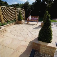 Bronte 5 Size 7.61m² Riven Paving Slab Patio Pack Weathered Apricot