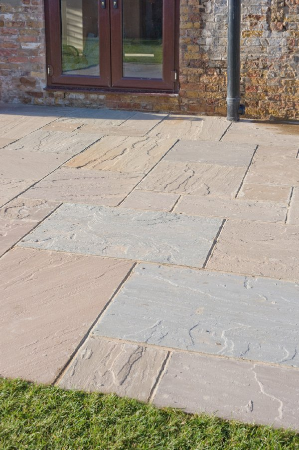 4 Size 15.37m² Riven Sandstone Patio Pack Forest Blend